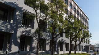 理学部本館