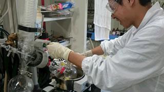 化学 実験風景2